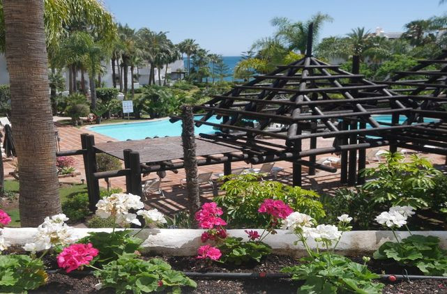 Apartment Beach Front Spacious Luxurious Jardin Japanese Garden Views Marina Puente Romano Marbella-0313