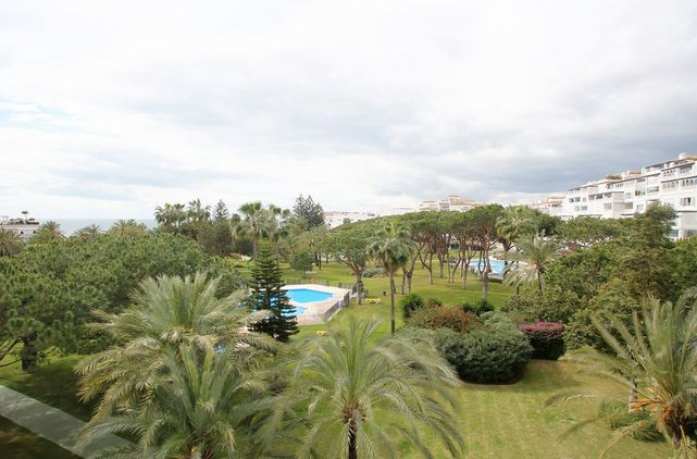 Appartement Playa del Duque Bldg Malaga-0303
