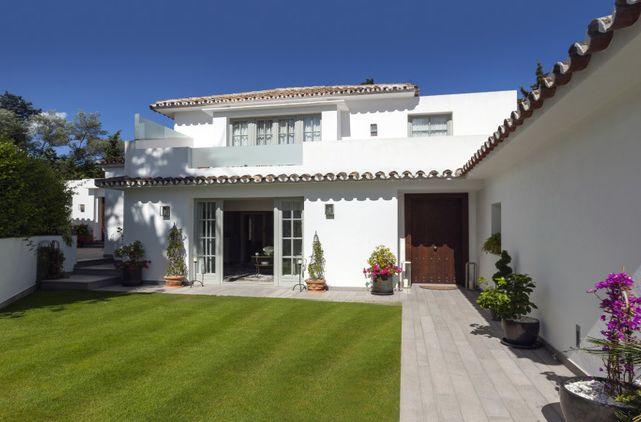 Villa chalet torres de marbella club 0324 villa - Marbella club villas ...