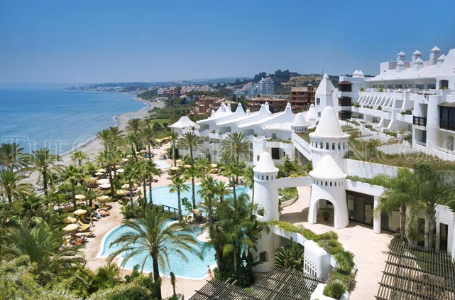 Hotel estepona palace hotel in estepona for Hotels malaga