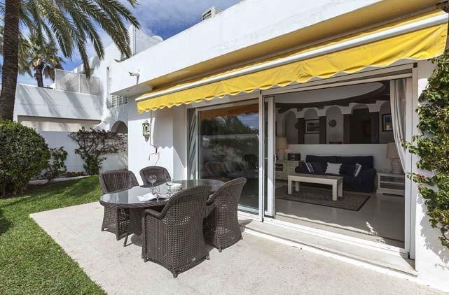 Villa Tgs 0113 Villa In Oasis Club Marbella