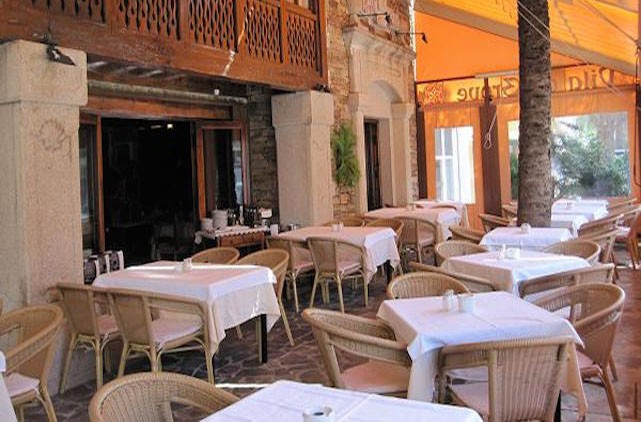 Restaurant Vila Do Grove, Nueva Andalucia