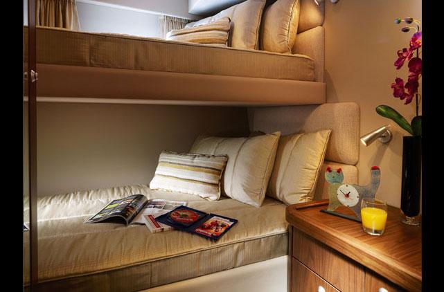 Yacht Rental Sunseeker 60 Manhattan