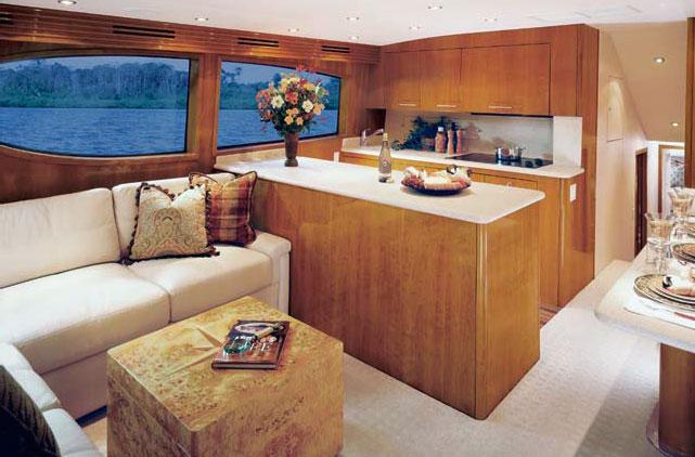 Yacht Rental Hatteras 54 convertible